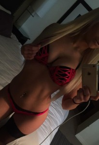 blonde toronto escorts